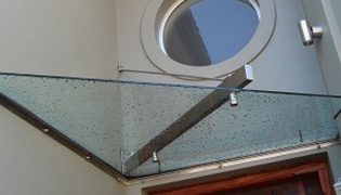 unique_awning_glass_awning_04